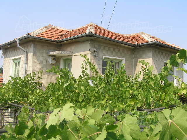 House for sale near yambol bulgaria nice and big house for Big nice houses for sale