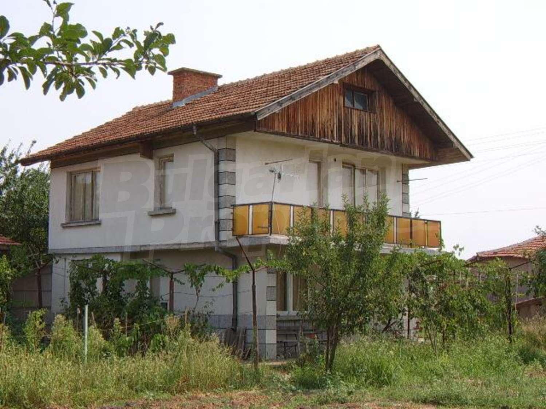 Дом вблизи г. Стара Загора.