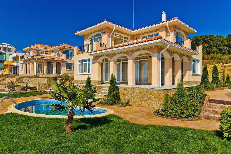 Sunset Villas Near Sunny Beach Bulgaria Detached Houses