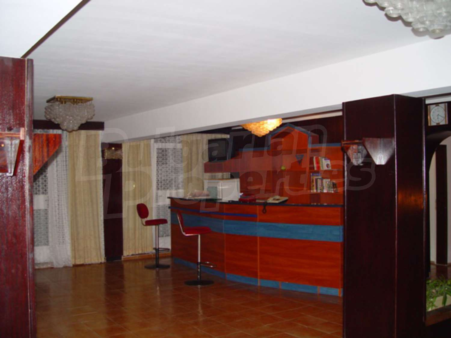 Hotel for sale in golden sands next to riviera bulgaria for Former hotel for sale