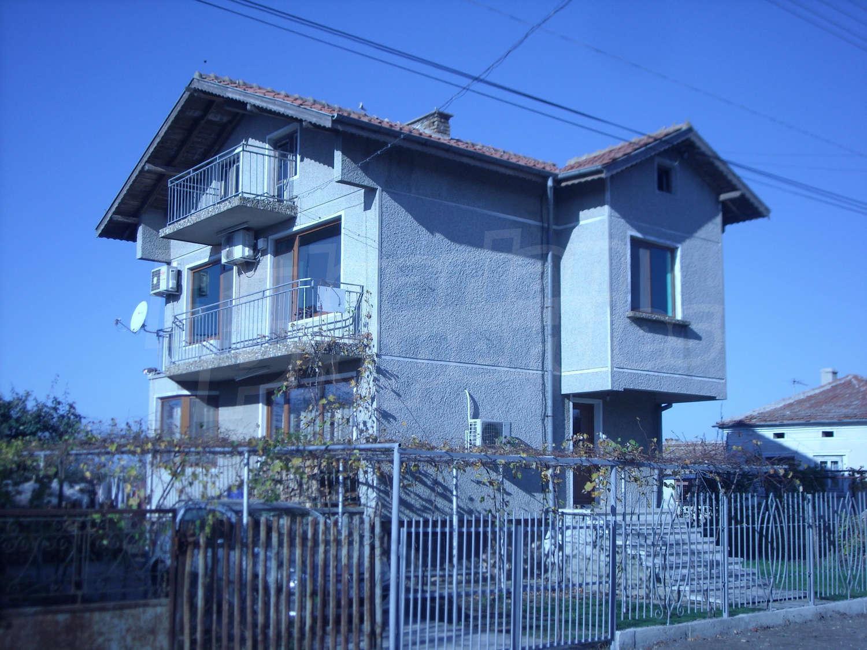 House for sale near dobrich albena bulgaria nice big for Very big houses for sale