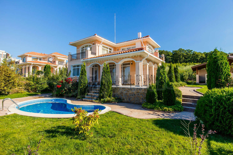 Villas In Sunny Beach Bulgaria For Sale