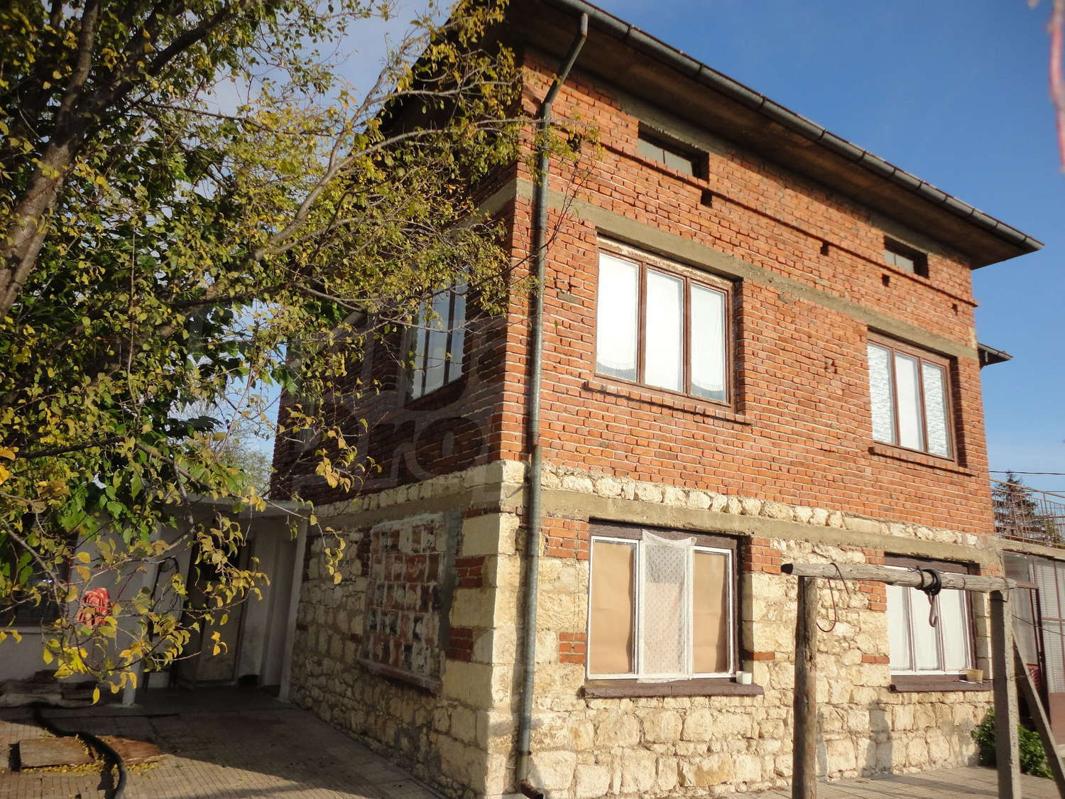 House for sale near stara zagora bulgaria nice rural for Big nice houses for sale