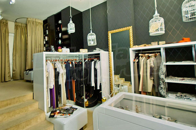 Онлайн магазин за дамски и мъжки обувки, кожени облекла, дамски и мъжки чанти, дамски и мъжки колани, шалове, гривни, кожени якета, спортни обувки, официални обувки, ежедневни обувки, аксесоари.