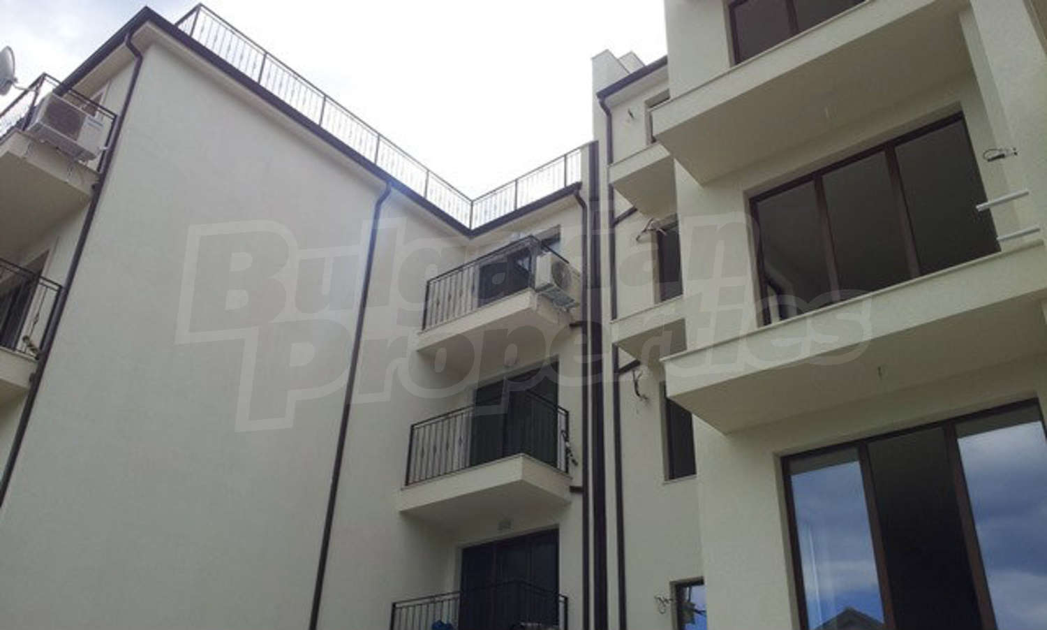 Features and extras of the area: Apartment for sale in Rublyovka in