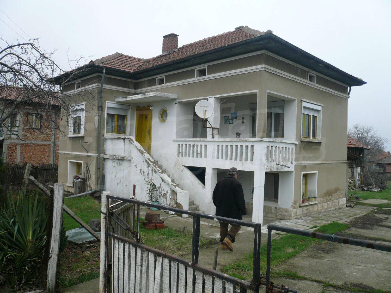 можете фото двухэтажных домов на окраинах сочи перемешалась
