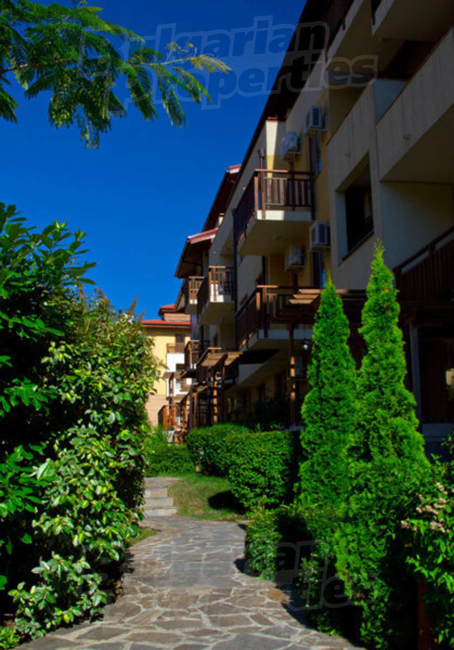 Garden of Eden in Sveti Vlas - unique holiday complex with classic ...