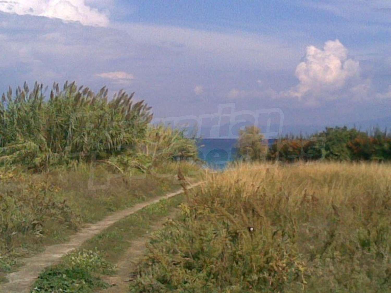 Участок земли в остров Полихроно