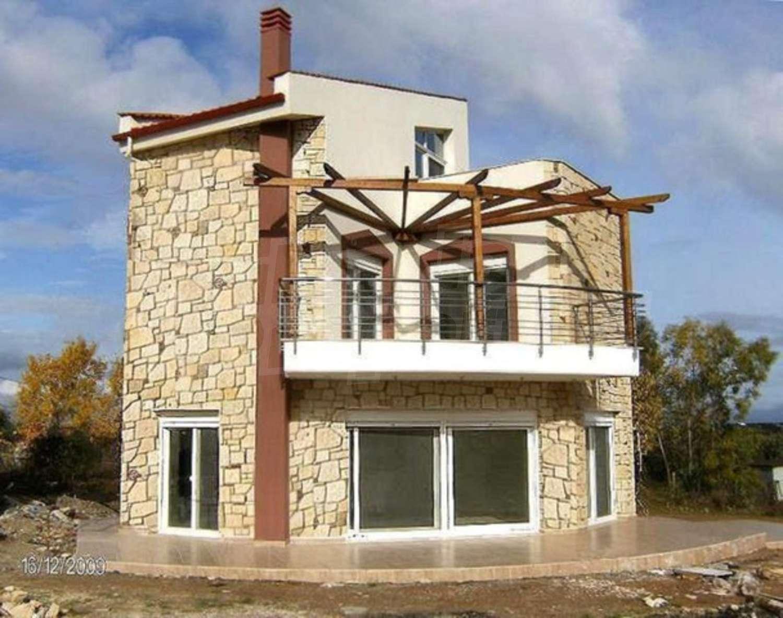 Старинный дом в остров Потидея