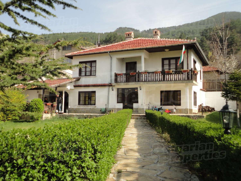 В горах болгарии купить дом