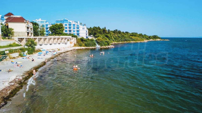 Блу Бей Палас 2   Blue Bay Palace 2 в Поморие  елегантни ваканционни ... 4dbb34f0a15