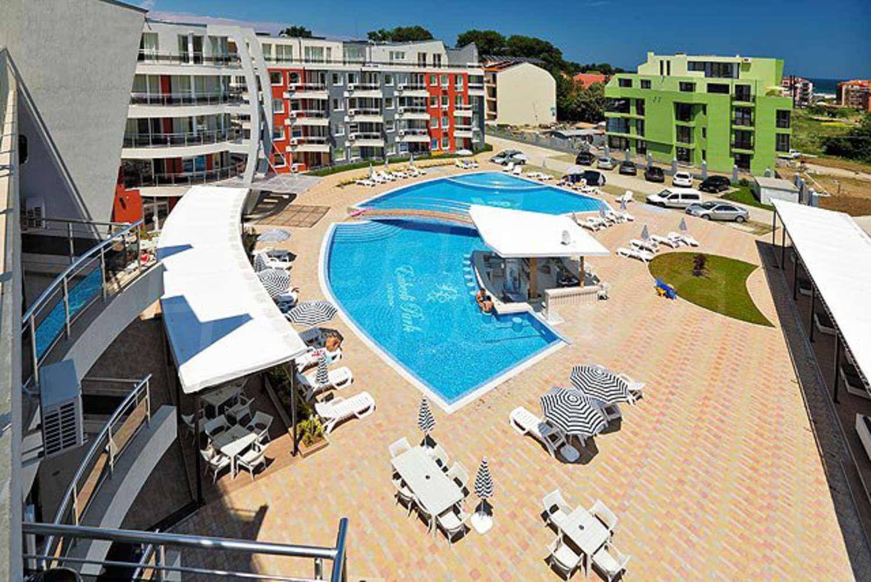 Недвижимость на продажу в городе в Болгарии, купить дома