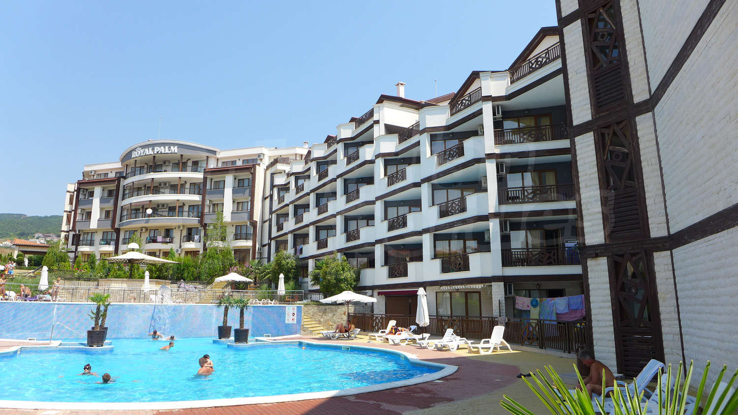 1 Bedroom Apartment For Sale In Royal Palm In Sveti Vlas 100 M To The Sea Bulgaria 1 Bedroom