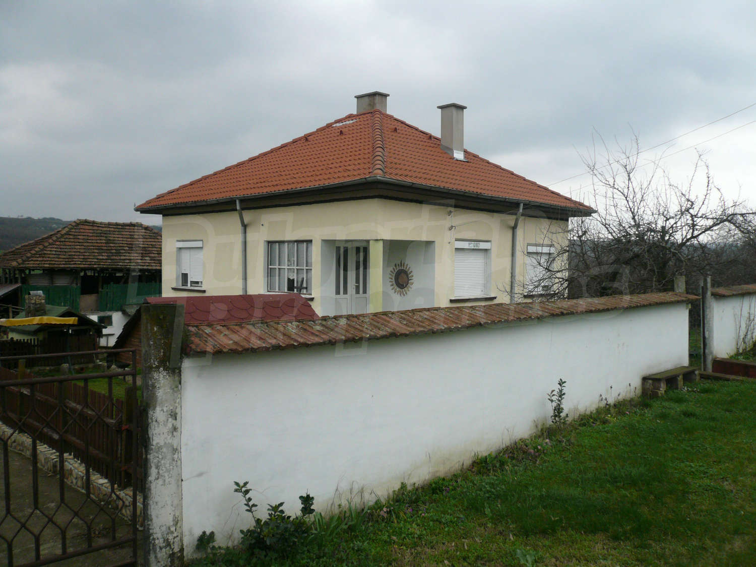 House for sale near vidin bulgaria nice house with for Big nice houses for sale