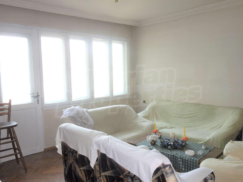 74cd61dd033 Тристаен апартамент в гр. Пловдив, кв.