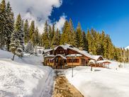 Luxury mountain villa in Pamporovo
