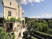 Впечатляваща резиденция във Вирос, Централно Корфу