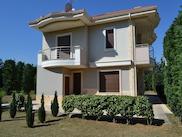 Къща  в  Neo Risio