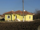 House for sale in Metodievo village 9 km from Dobrich
