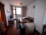 Обзаведен тристаен апартамент в Банско