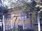 Селски имот за продан близо до Сливен