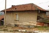 Къща с 5 спални за основен ремонт в село Пиргово, Русенско