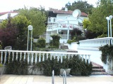 Fully furnished 3-storey villa with 4 bedrooms and a swimming pool in Balchik
