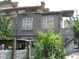 Двуетажна къща за продан в Елхово