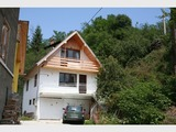 Триетажна къща в град Батак