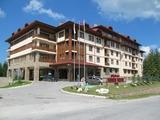 Съвременен хотел до Пампорово, с панорамни гледки към Родопите