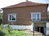 Едноетажна къща за продан близо до Елхово
