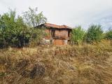 Двуетажна къща в риболовен район
