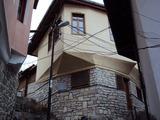 Традиционна, напълно ремонтирана къща с история!