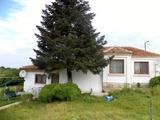 Къща в село Войводино