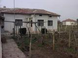 Къща в село Дъбовик