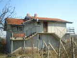 Двуетажна къща близо до Бургас