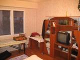 Тристаен апартамент в близост до центъра