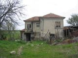 Rural house in need of renovation with huge garden