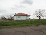 Едноетажна къща близо до Бургас