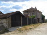 Солидна къща в село до гр.Елхово
