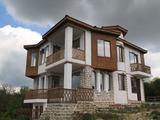 Attractive newly built houses in Avren Village