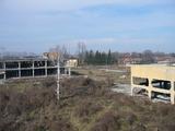 Индустриален имот в малък град на 10 км. от главен път Е 83