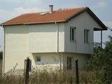 Къща за продажба в село Тръстиково
