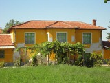 A well maintained property in the countryside