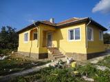 Напълно реновирана къща на 15км от морето