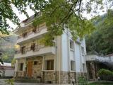 Хотел с ресторант в спа курорта Нареченски бани