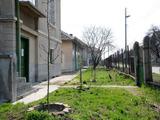 Масивна двуетажна къща в град Дунавци