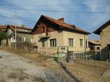 Двуетажна къща в спа курорта Велинград