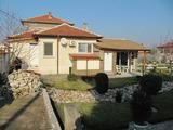 Красива обзаведена къща близо до Пловдив