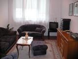 Тристаен апартамент до Катедралата, Варна